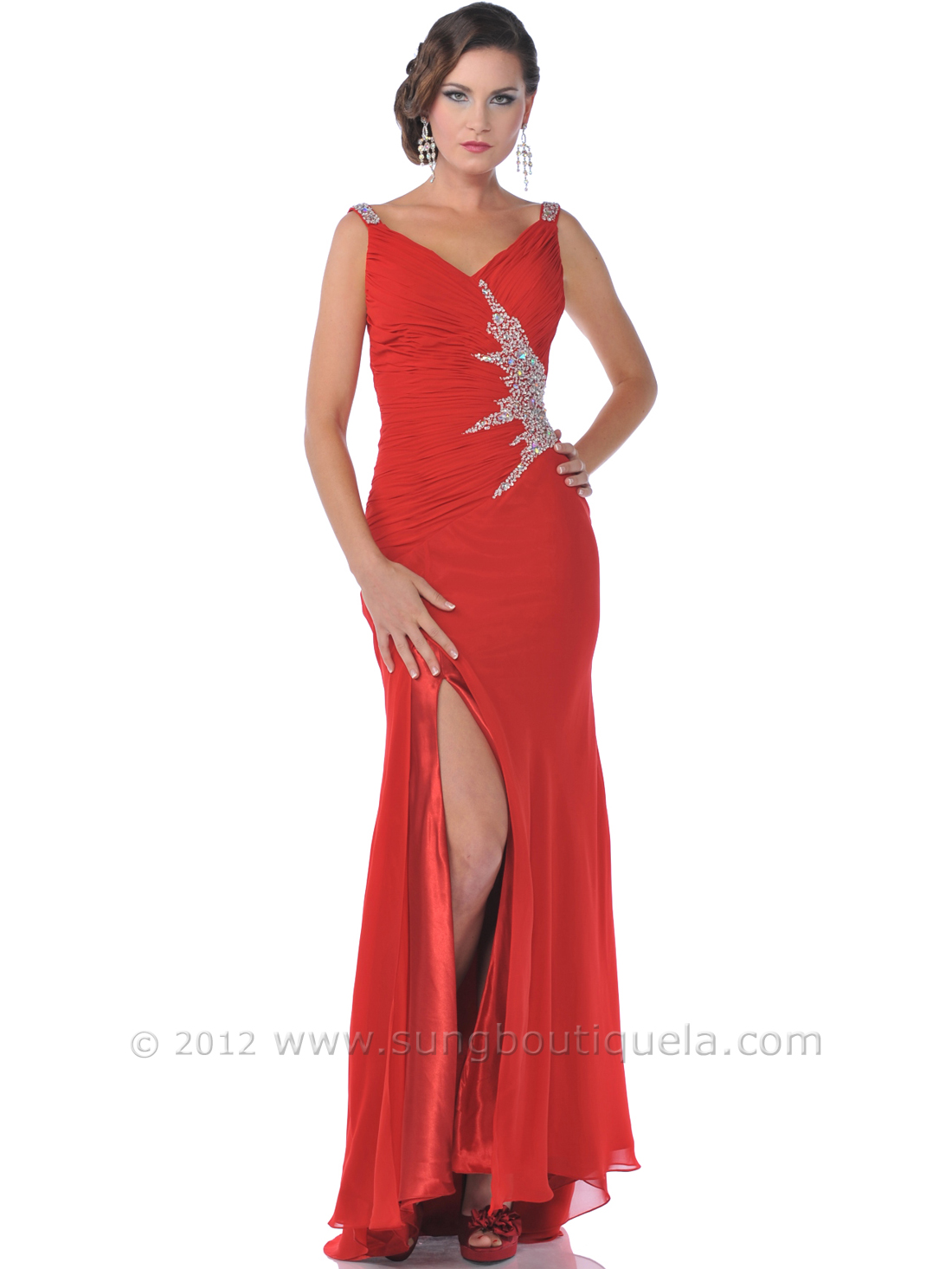 Dress with sparkling jewels and sequins red front view medium