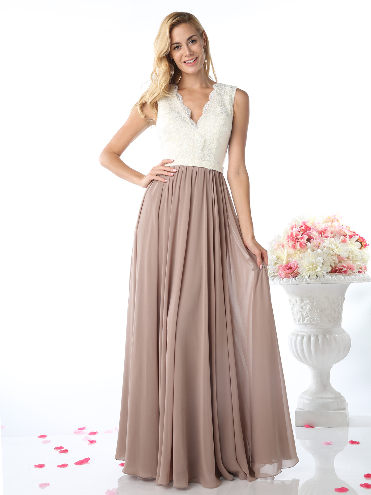 Sleeveless V-Neck Bridesmaid Dress | Sung Boutique L.A.