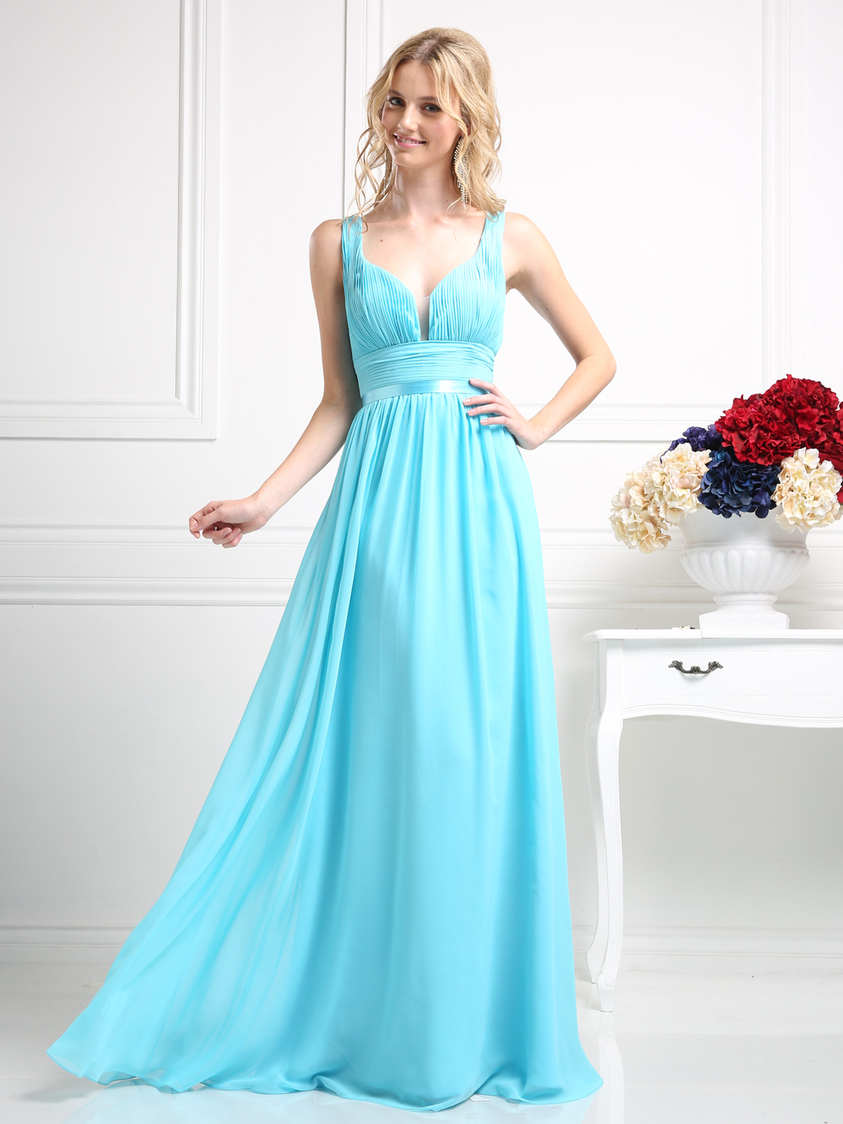 Sleeveless Bridesmaid Dress With Empire Waist Sung