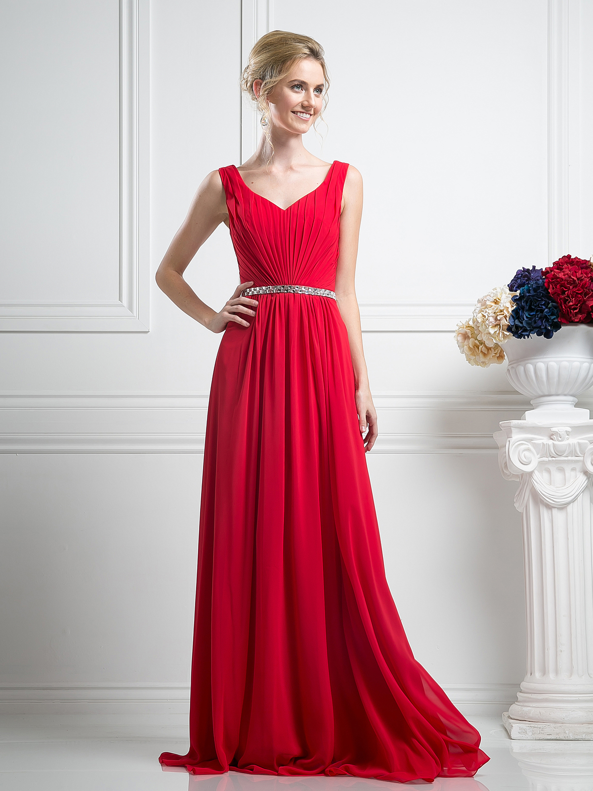 Sleeveless Pleated Evening Dress With Belt Sung Boutique