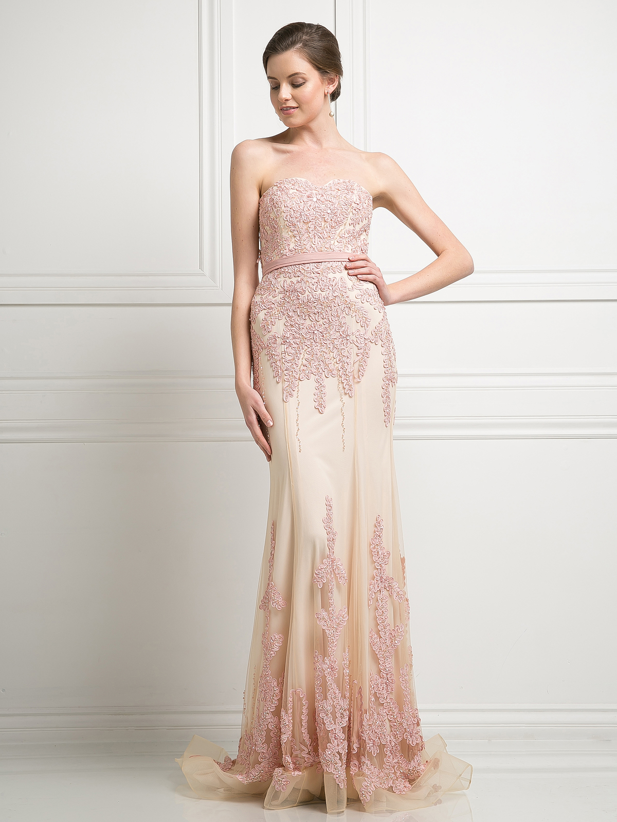 Sleeveless Embroidery Evening Gown with Belt | Sung Boutique L.A.